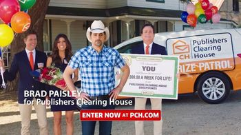 Publishers Clearing House TV Spot, 'Helping Change Lives: $7,000 a Week' Featuring Brad Paisley - Thumbnail 3