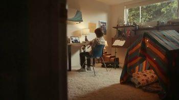 XFINITY TV Spot, 'Un lugar asombroso para estar' canción de M83 [Spanish] - Thumbnail 3