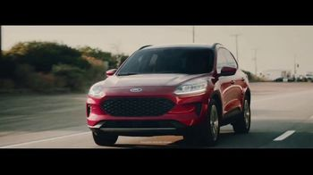 Ford TV Spot, 'The Future Comes Standard: Presidents Day: Escape and Explorer' [T2] - Thumbnail 2