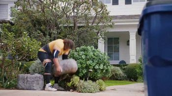 GEICO TV Spot, 'Worlds Strongest Man Takes on the Recycling' Featuring Martins Licis - Thumbnail 3