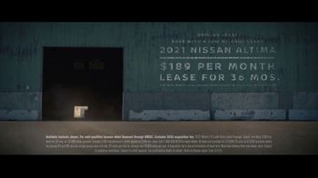 Nissan Sales Event TV Spot, 'Spy Thriller' [T2] - Thumbnail 8