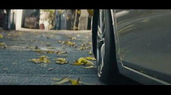 2021 Lexus ES TV Spot, 'Bananas' Song by The Melody Aces [T2] - Thumbnail 5