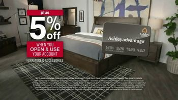 Ashley HomeStore Presidents Day Sale TV Spot, 'Extended: 50% Off Hot Buys' - Thumbnail 7