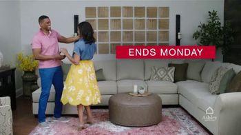 Ashley HomeStore Presidents Day Sale TV Spot, 'Final Days: 30% Off Storewide' - Thumbnail 10