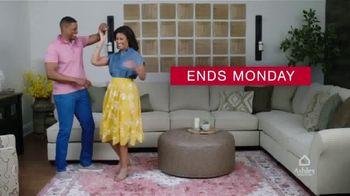 Ashley HomeStore Presidents Day Sale TV Spot, 'Final Days: 30% Off Storewide' - Thumbnail 9