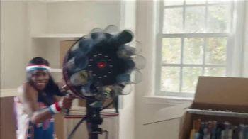 GEICO TV Spot, 'Harlem Globetrotters Moving Company' - Thumbnail 10