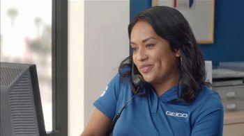 GEICO TV Spot, 'Harlem Globetrotters Moving Company' - Thumbnail 8