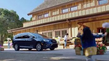 2021 Chrysler Pacifica Plug-In Hybrid TV Spot, 'Protect Your World' [T1] - Thumbnail 1