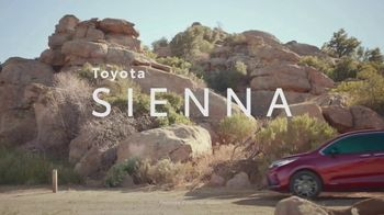 Toyota Sienna TV Spot, 'Arrival and Departure' [T1] - Thumbnail 2
