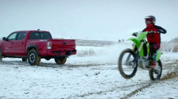 2021 Toyota Tacoma TV Spot, 'Dear Snowstorm' [T2] - Thumbnail 4