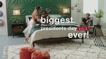 Ashley HomeStore Biggest Presidents Day Sale Ever TV Spot, 'Extended: Additional 10%' - Thumbnail 3