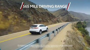 2021 Toyota Venza TV Spot, 'First of Its Kind' [T2] - Thumbnail 5
