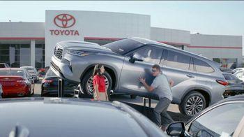 Toyota TV Spot, 'Blindfold' [T2] - Thumbnail 4