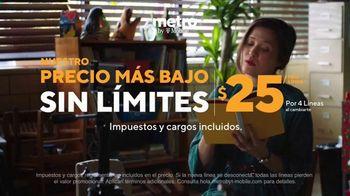 Metro by T-Mobile TV Spot, 'Profesora: dos teléfonos gratis' [Spanish] - Thumbnail 5