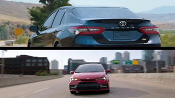 Toyota TV Spot, 'Whatever Life Throws' [T2] - Thumbnail 3