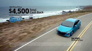 Toyota TV Spot, 'Hybrids: Whole New Look' [T2] - Thumbnail 7