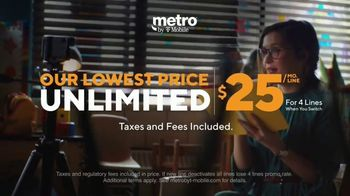 Metro by T-Mobile TV Spot, 'Rule Your Day: Two Free Phones and Tablets' - Thumbnail 4