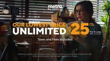 Metro by T-Mobile TV Spot, 'Rule Your Day: Two Free Phones and Tablets' - Thumbnail 5