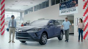 2021 Toyota Venza TV Spot, 'Perfect Combination' [T2] - Thumbnail 1