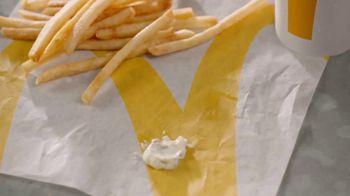 McDonald's 2 for $6 TV Spot, 'El último bocado' [Spanish] - Thumbnail 2