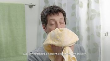 Gain Flings! TV Spot, 'Dog's Towel: Scent Boosters'
