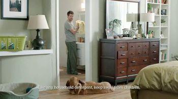 Gain Flings! TV Spot, 'Dog's Towel: Scent Boosters' - Thumbnail 6