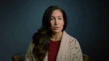 Sierra Health Foundation TV Spot, 'Navidad: más difícil' [Spanish] - Thumbnail 3
