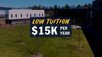 Southern New Hampshire University TV Spot, 'SNHU Reimagines the Campus Experience' Song by Derek Gust - Thumbnail 5