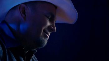 Amazon Music HD TV Spot, 'Thunder' Featuring Garth Brooks - Thumbnail 5