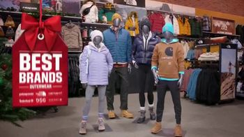 Dick's Sporting Goods TV Spot, 'Last Minute Gifts: Cardio Equipment, Shoes, Outerwear & Gift Cards' - Thumbnail 7