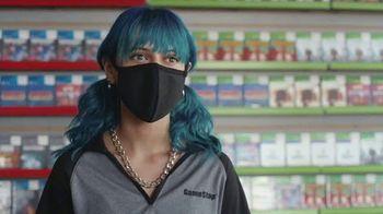 GameStop Holiday Sale TV Spot, 'Screamers' - Thumbnail 2