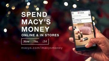 Macy's One Day Sale TV Spot, 'Holidays: Sheets, Coats and Macy's Money' - Thumbnail 6