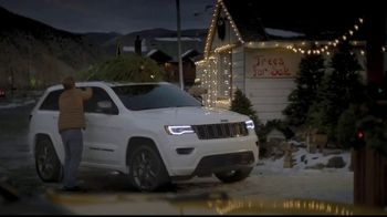 Jeep Big Finish 2020 TV Spot, 'One of Our Own: Driving Home' Song by X Ambassadors [T2] - Thumbnail 4