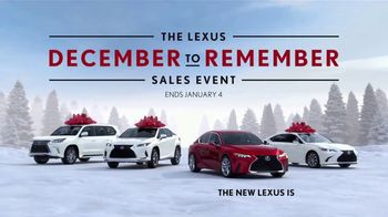 Lexus December to Remember Sales Event TV Spot, 'Driveway Moments: Birthday' [T1] - Thumbnail 10