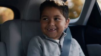 Lexus December to Remember Sales Event TV Spot, 'Driveway Moments: Birthday' [T1]