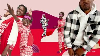Old Navy TV Spot, 'Jingle Jammies: 75% Storewide' Featuring RuPaul - Thumbnail 2