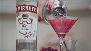 Smirnoff No. 21 Vodka TV Spot, 'Ion Television: Your Home for the Holidays' Featuring Lauren O'Quinn - Thumbnail 8