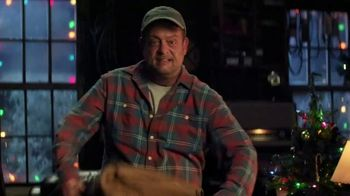 Cooper Tires TV Spot, 'Uncle Cooper: The Holiday Plow Truck' Featuring Lenny Venito - Thumbnail 6