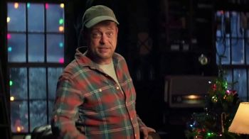 Cooper Tires TV Spot, 'Uncle Cooper: The Holiday Plow Truck' Featuring Lenny Venito - Thumbnail 7