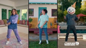 Jack in the Box Cluck Sandwich Combo TV Spot, 'Danza del pollo: Deluxe Sandwich y Cluck Sandwich Combo' con Becky G  [Spanish] - Thumbnail 2