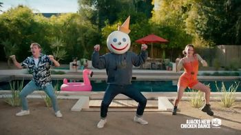 Jack in the Box Cluck Sandwich Combo TV Spot, 'Danza del pollo: Deluxe Sandwich y Cluck Sandwich Combo' con Becky G  [Spanish] - Thumbnail 4