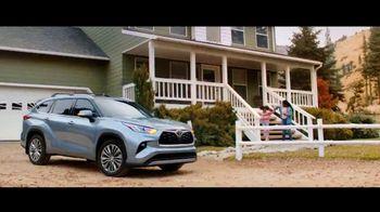 Toyota TV Spot, 'Mailbox' Song by Jill Lamoreaux [T2] - Thumbnail 2