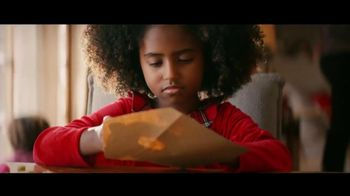 Toyota TV Spot, 'Mailbox' Song by Jill Lamoreaux [T2] - Thumbnail 4