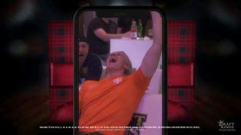 DraftKings Sportsbook 75th Season Celebration TV Spot, 'Holidays: Ball Is Back: No-Brainer' - Thumbnail 6