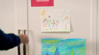 Michaels TV Spot, 'Holidays: Refrigerator Drawing: 40% Off' - Thumbnail 7