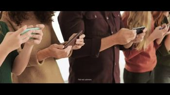 Verizon TV Spot, 'Holidays: The 5G America's Been Waiting For: BOGO, $500 and Streaming' - Thumbnail 2