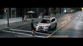 Nissan Rogue TV Spot, 'The Moments That Matter Most' Song by Human Resources [T2] - Thumbnail 6