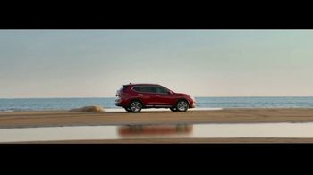 Nissan Rogue TV Spot, 'The Moments That Matter Most' Song by Human Resources [T2] - Thumbnail 7