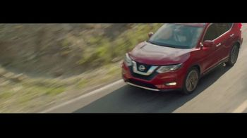 Nissan Rogue TV Spot, 'The Moments That Matter Most' Song by Human Resources [T2] - Thumbnail 8