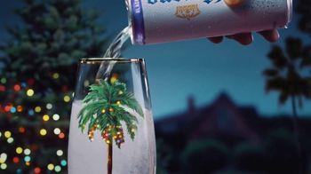 Corona Hard Seltzer TV Spot, 'Feliz Navidad' [Spanish] - Thumbnail 3